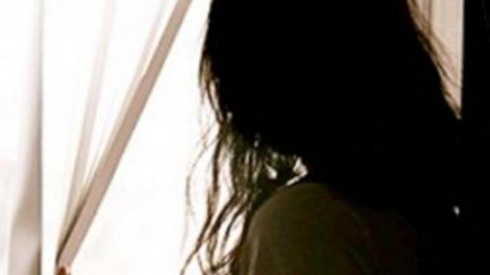 BREAKING NEWS - Perkosa Gadis Retardasi di Sintang, Pelaku Dituntut Hukum Adat hingga Laporan Polisi