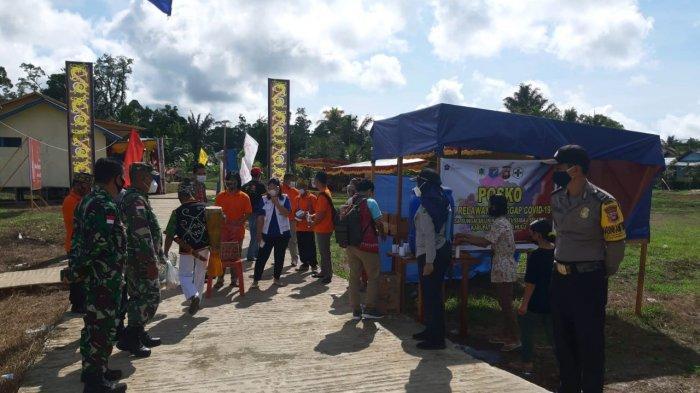 Polsek Putussibau Selatan Berikan Pengamanan Pelaksanaan Gawai Dayak Sungai Uluk