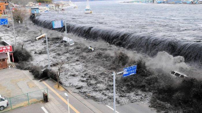 Benarkah Tsunami Rawan Terjadi Setiap Bulan Desember?