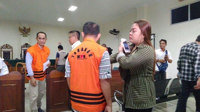 Sidang Pemeriksaan Saksi Kasus Tipikor Gidot, Jaksa KPK Sebut Gidot Minta Uang ke Kadis