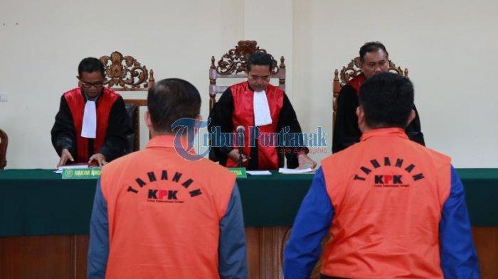 FOTO: Sidang Lanjutan Pemeriksaan Saksi dengan Terdakwa Suryadman Gidot - gidotsidang-orange-2.jpg