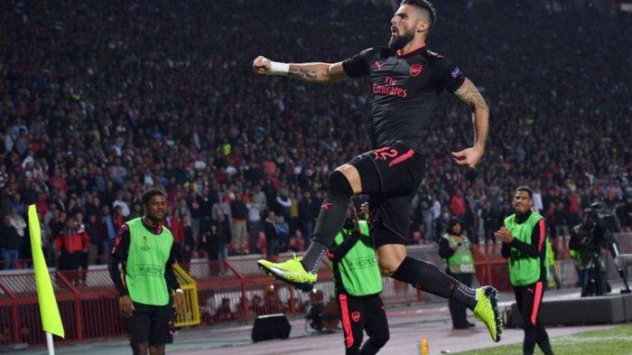 Gol Akrobat Giroud Bawa Kemenangan Arsenal