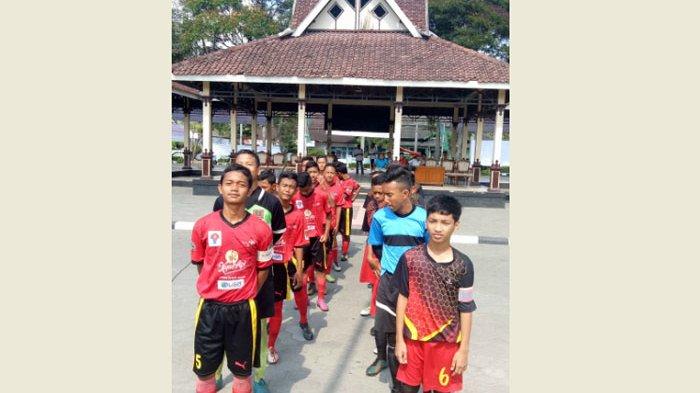 Ukir Sejarah, GKFA Sambas Tembus 8 Besar  Liga Pelajar U-14 Piala Menpora 2017 - gkfa-sambas_20170909_173035.jpg