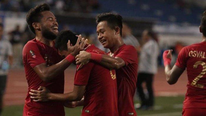 SKOR Indonesia Vs Vietnam Final Bola SEA Games 2019 (0-1), Evan Dimas Digiring ke Luar Lapangan
