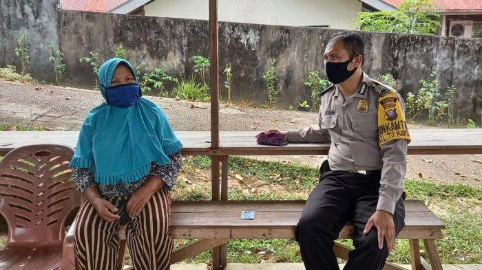 Bripka Saprin Gunawan Sosialisasikan Himbauan Kamtibmas Kepada Masyarakat