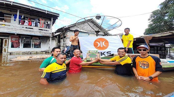 Eko: PKS Sambas Peduli Banjir Kunjungi Desa-desa Terdampak