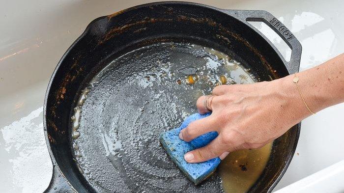 Tips Wajan Anti Lengket Tidak Mudah Rusak, Ini Cara yang Tepat Saat Mencucinya