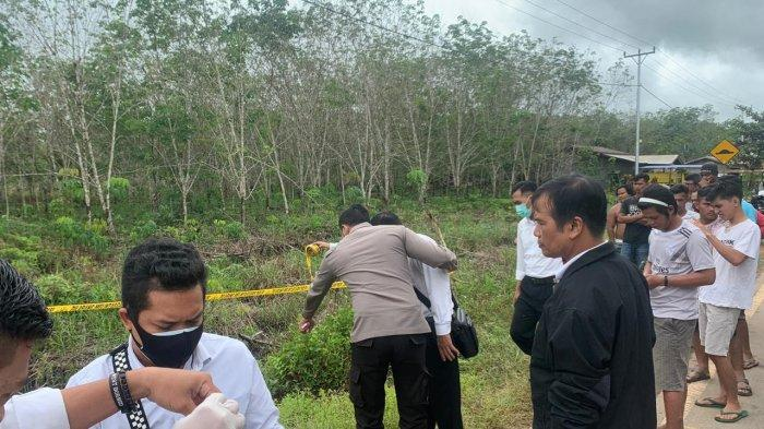 Penemuan Mayat Mr X di Desa Teluk Bakung Kecamatan Sungai Ambawang, Polisi Lakukan Olah TKP