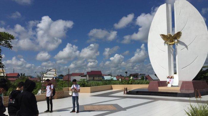 Honda Kalbar Ajak Paguyuban Honda West Borneo Community Heningkan Cipta di Makam Pahlawan