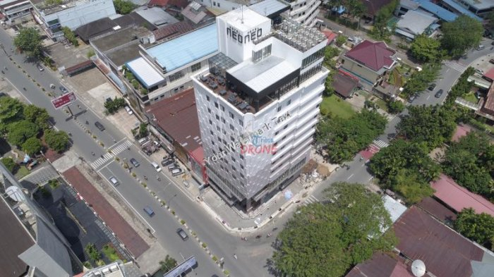 BREAKING NEWS: Tak Miliki Lahan Parkir, Warga Segel Hotel Neo - hotel-neo_20170501_164754.jpg
