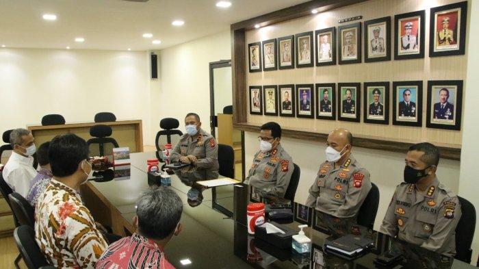 PT Indonesia Power PLTU Kalbar dan PT Cogindo Bangun Silaturahmi Bersama Polda Kalbar