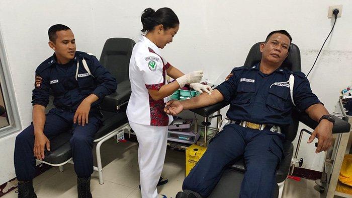 Peringati HUT Satpam ke-39, Polres Landak Komandoi Aksi Donor Darah
