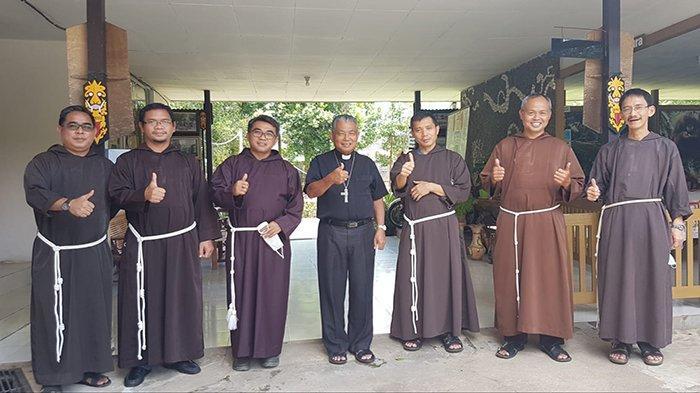 Mgr Agustinus Agus Berkunjung Ke Provinsialat Kapusin