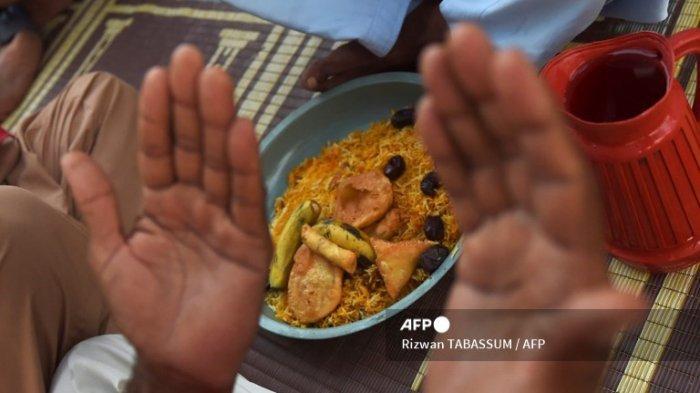 Doa Buka Puasa Ramadhan Lengkap, Jam Berapa Waktu Buka Puasa dan Jadwal Imsakiyah Hari Ini?