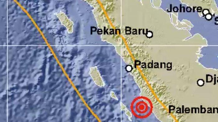 Gempa Bengkulu M 5,7 Bikin Pasien RSUP M Djamil Padang Dievakuasi Keluar Gedung