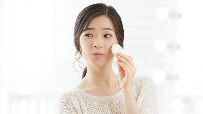 Mau Kulit Terlihat Lebih Glow Up? Ini Cara Ampuh Bagi Remaja Agar Kulit Sehat Alami Tanpa Skincare