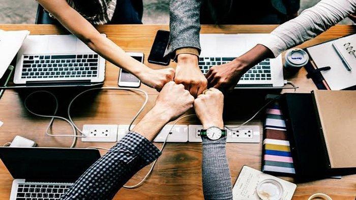 Membangun Teamwork: Kunci Keberhasilan Produktivitas Organisasi