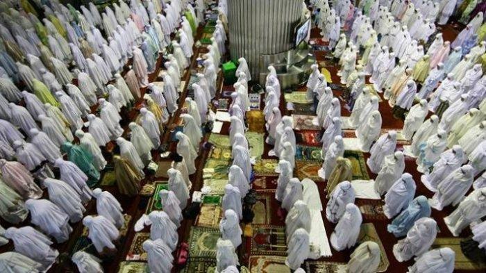 PEMERINTAH Keluarkan Panduan Sholat Idul Adha di New Normal, Wajib Taati!