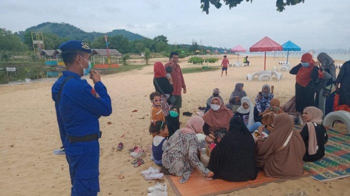 Pengunjung Obyek Wisata Dapat Imbauan dari Satpolair Polres Bengkayang