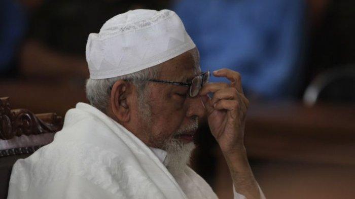 JADWAL Abu Bakar Baasyir Bebas - Ini Jejak Kasus Terorisme yang Menjebloskannya ke Penjara 15 Tahun