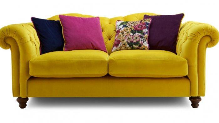 Jangan Sampai Ruangan Sempit, Ini Tips Sebelum Membeli Sofa!