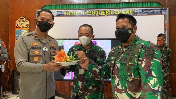 Jajaran Polres Ketapang Ucapkan Dirgahayu HUT ke-76 TNI Saat Kunjungi Kodim 1203 Ketapang