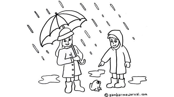 Jas hujan yang digunakan oleh dua orang saat hujan.