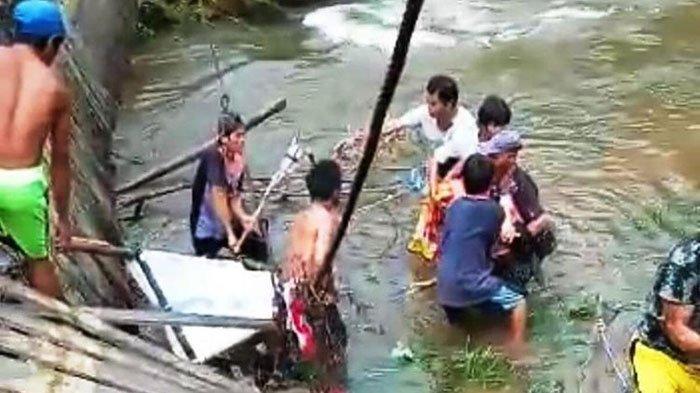 DITANDU untuk Berobat, Nyawa Elisa Gagal Diselamatkan Setelah Jembatan Gantung yang Dilalui Putus