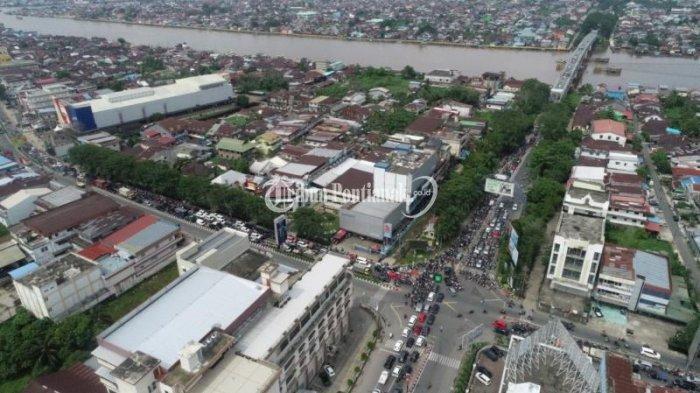 FOTO: Kemacetan Menuju Jembatan Kapuas I hingga ke Jalan Veteran Dampak Penutupan Jembatan Kapuas II - jembatan-kapuas-i4.jpg