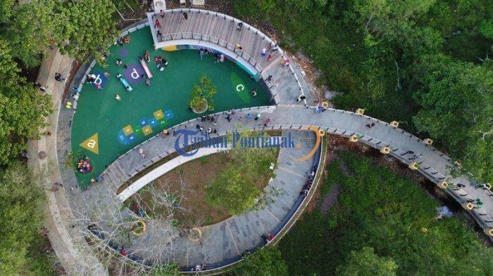 DRONE: Indahnya Bundaran Untan dan Jogging Track Taman Digulis Pontianak - jogging-track-taman-digulis-pontianak_20170203_203314.jpg