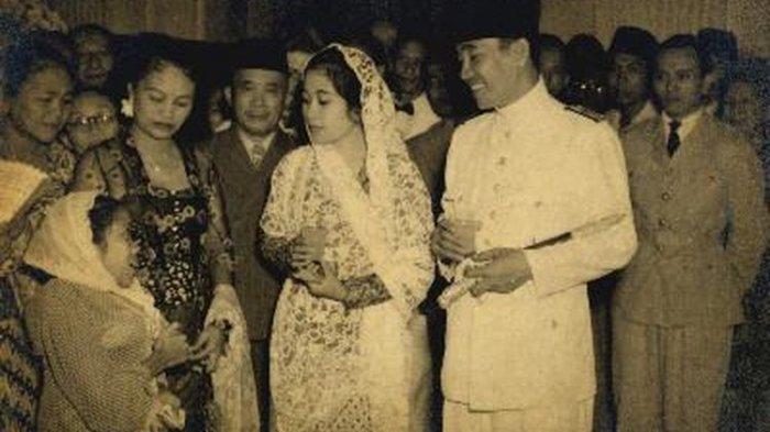 Pensiunnya Bendera Pusaka Merah Putih yang Dijahit dengan Air Mata Fatmawati Istri Presiden Soekarno