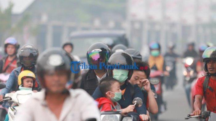FOTO: Kabut Asap Pekat Selimuti Kota Pontianak, Kualitas Udara Sangat Tidak Sehat - kabut-asap-pontianak-2.jpg