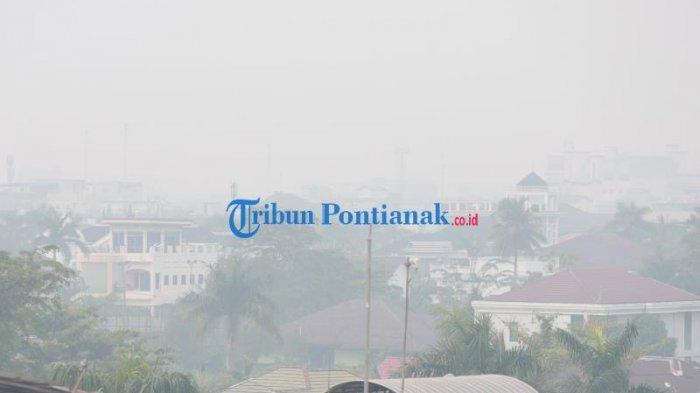 FOTO: Kabut Asap Pekat Selimuti Kota Pontianak, Kualitas Udara Sangat Tidak Sehat - kabut-asap-pontianak-5.jpg