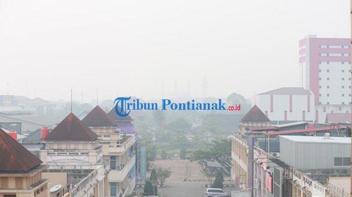 FOTO: Kabut Asap Pekat Selimuti Kota Pontianak, Kualitas Udara Sangat Tidak Sehat - kabut-asap-pontianak-6.jpg