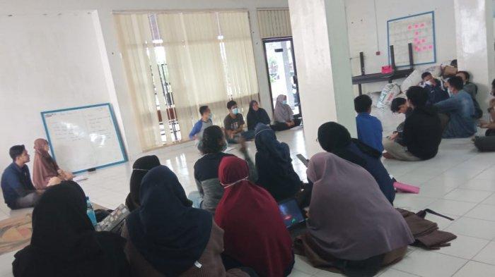 GenBI Kalbar Gelar GP4K Bantu Renovasi Sekolah di Desa Sungai Asam
