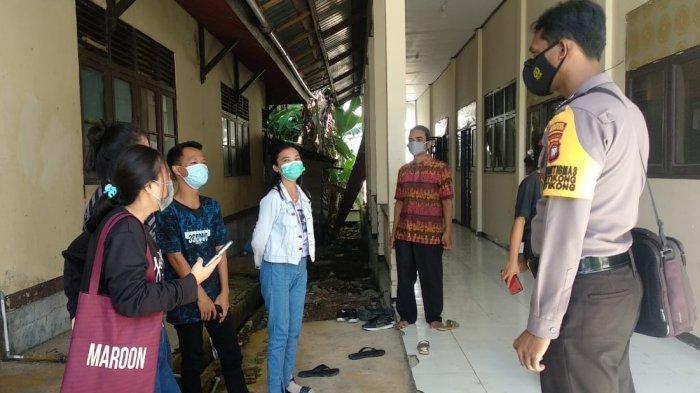 Laksanakan Patroli Dialogis, Aipda Meydianto Sampaikan Imbauan Kamtibmas dan Prokes pada Warga