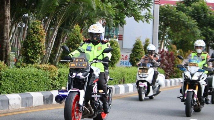 Gunakan Sepeda Motor, Kapolda Kalbar Laksanakan Patroli Pengecekan Pemberlakuan PPKM Darurat
