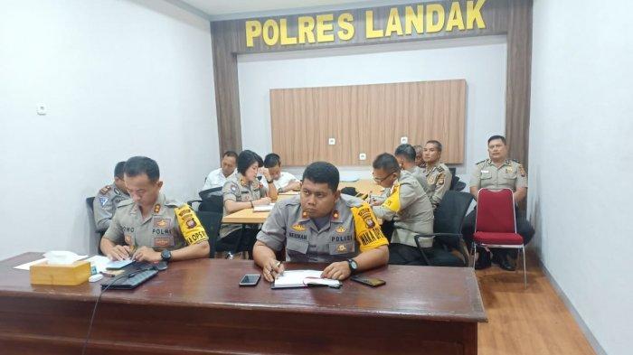 Kapolres Bersama Waka dan Perwira Jajaran Vidco dengan Kapolri