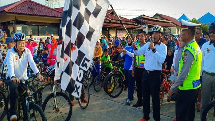 1.500 Masyarakat Putussibau Hadiri Fun Bike dan Jalan Santai di Polres Kapuas Hulu
