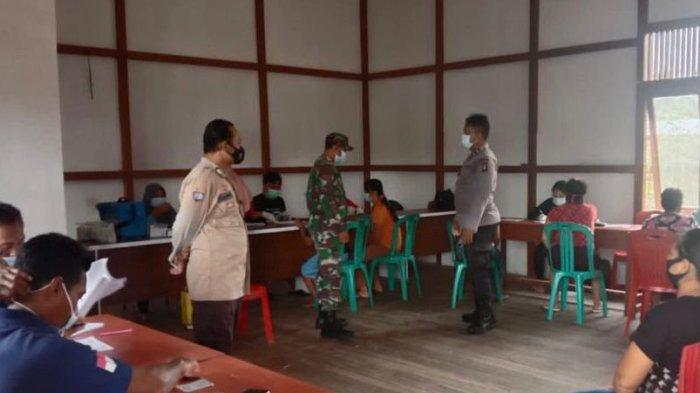 Suasana Vaksinasi di Kecamatan Bika, Kabupaten Kapuas Hulu, Jumat 8 Oktober 2021