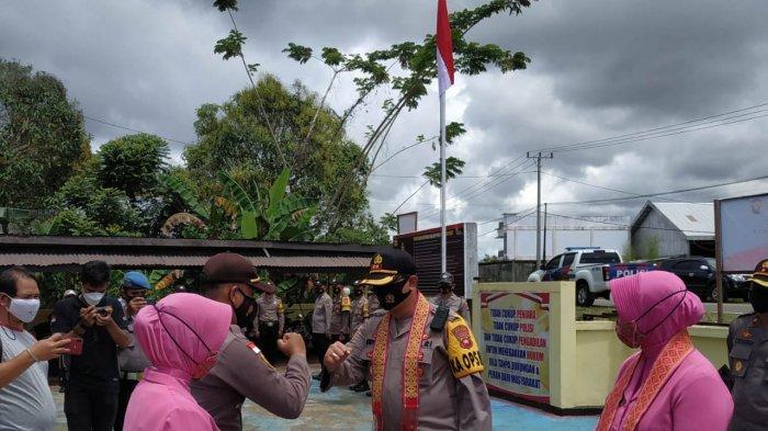 Kunjungan Kerja ke Polsek Putussibau Selatan, Ini Arahan Kapolres Kapuas Hulu
