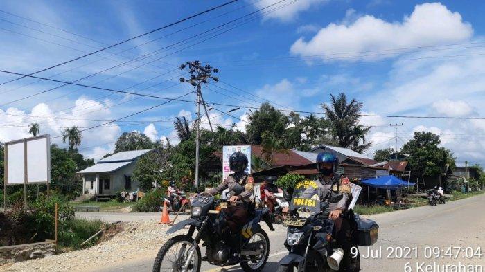 Unit Turwali Sat Samapta Polres Kapuas Hulu melakukan giat mobilling di seputaran Putussibau Utara dan Putussibau Selatan dalam rangka menciptakan Sitkamtibmas yang kondusif di Wilkum Polres KH pada malam hari, Jumat 9 Juli 2021.