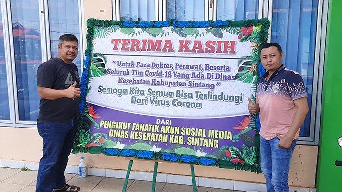 Pengikut Fanatik Akun Media Sosial Dinkes Sintang Kirim Karangan Bunga ke Posko Covid-19