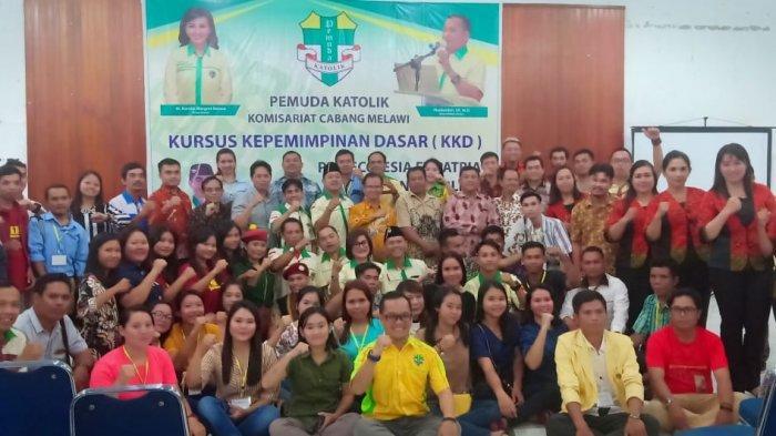 Buka Kursus Kepemimpinan Dasar Pemuda Katolik, Ini Pesan Bupati Melawi