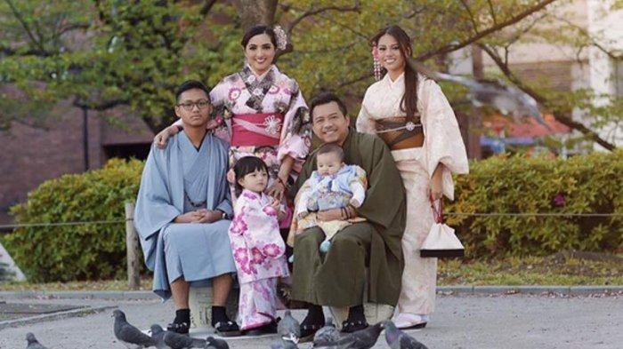 keluarga-anang-hermansyah-dan-ashanty_20170726_150119.jpg