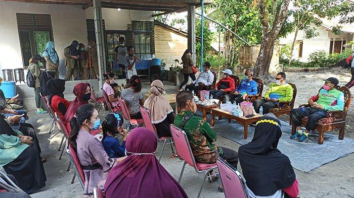 Ketua Poktan Muda Tani Singkawang Bersyukur Dapat Bantuan dari Bank Indonesia