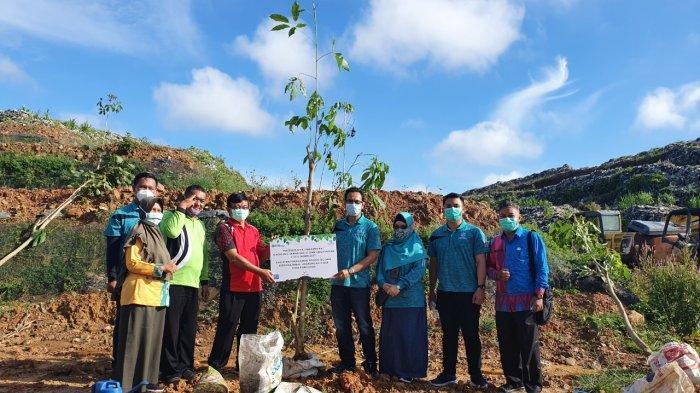 Dukung Pelestarian Alam, Jasa Raharja Kalbar Tanam Pohon Tecoma Bersama DLH Pontianak