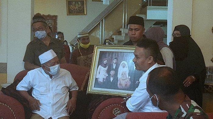 Dua Bersaudara di Sriwijaya Air SJ 182, Budi: Andai Kata ...