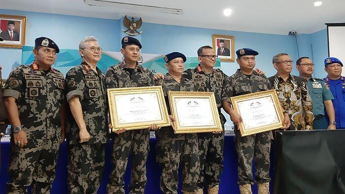 Tiga Kapten Kapal Terima Penghargaan Langsung dari Menteri KKP
