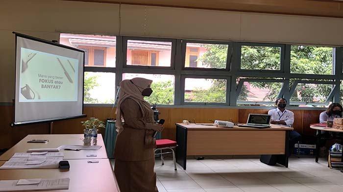 Beri Pelatihan UMKM Se-Kalbar, Ketua ASEPHI Kalbar Sebut UMKM Harus Terus Bangkit di Tengah Pandemi